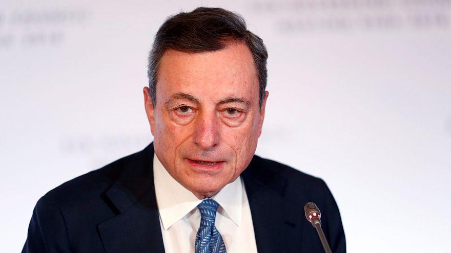 BCE vai acabar com compra de dívida e mantém taxas na Zona Euro