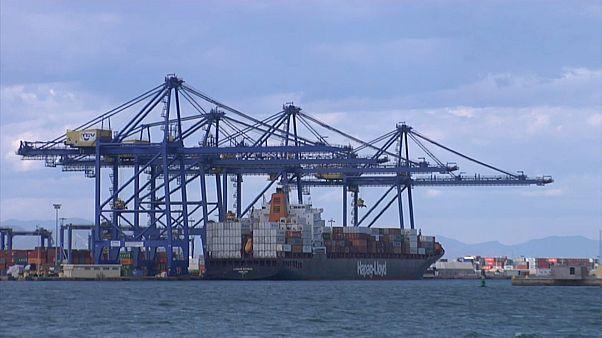 Порт Валенсии, куда должен прибыть «Аквариус»
