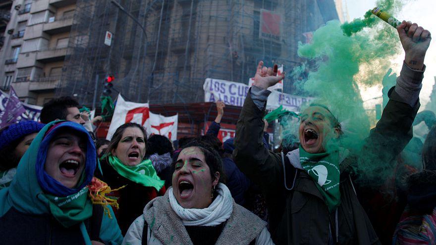 Buenos Aires: 1. Etappensieg für Abtreibungsbefürworter