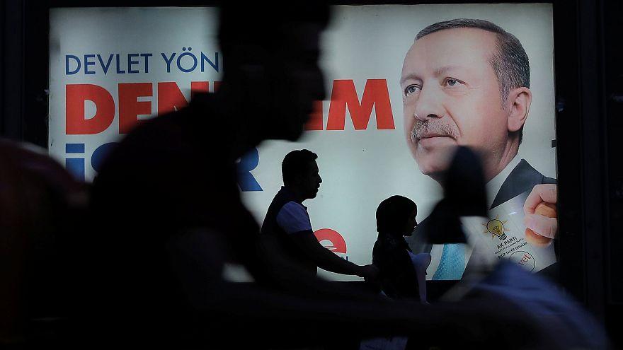 Türkei-Wahl: Erdogan gerät ins Wanken