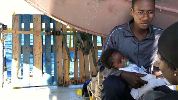 Tranche de vie à bord de l'Aquarius, les réfugiés reprennent des forces