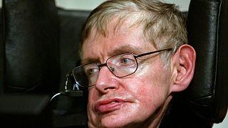 Stephen Hawking Gedenkfeier: Worte werden ins Weltall gebeamt