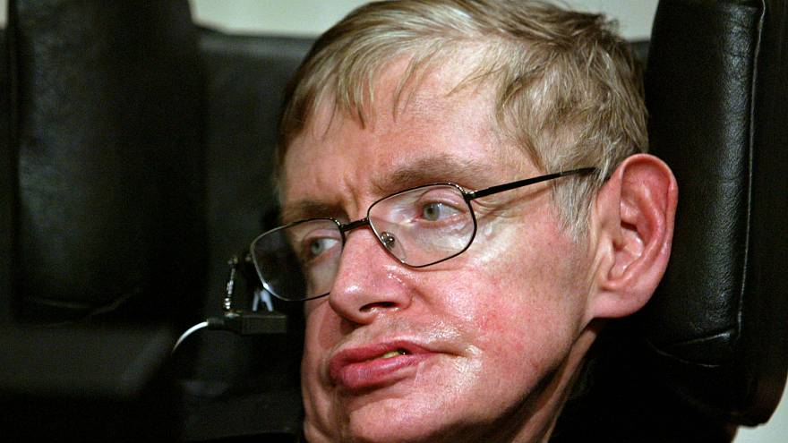 Stephen Hawking Gedenkfeier Worte Werden Ins Weltall Gebeamt Euronews