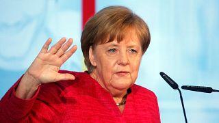 Γερμανία: Ενδοκυβερνητική κρίση με αιχμή το προσφυγικό