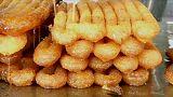 حلويات يقطع لأجلها الجزائريون الكيلومترات لنيلها