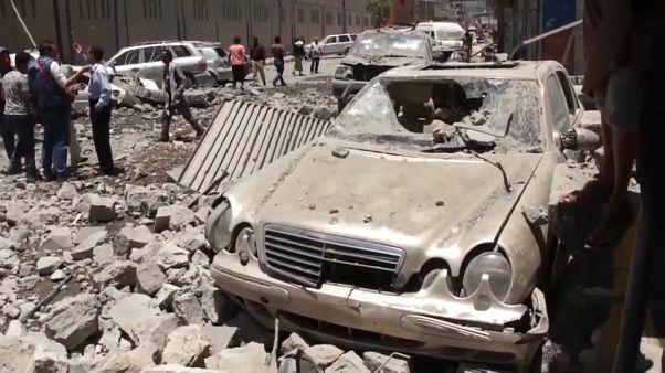 Yemen'de koalisyon güçleri: Hudeyde havaalanını ele geçirdik