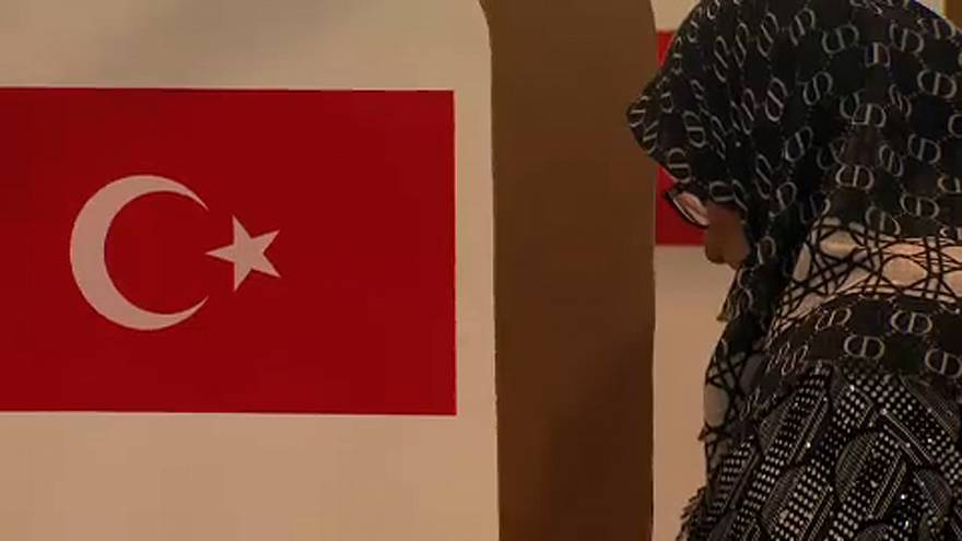 Expats cast ballots in Turkish elections