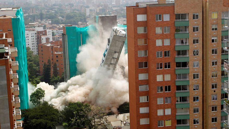 Démolition spectaculaire à Medellin