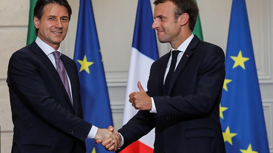 Crise migratória: Macron e Conte defendem reforma de políticas europeias