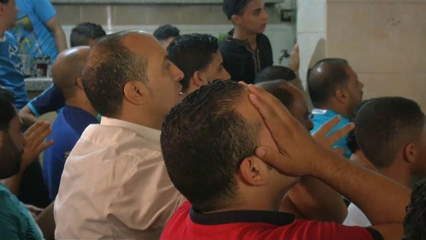 المصريون متفائلون رغم خسارتهم الأولى أمام الأوروغواي