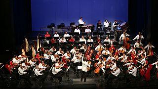 اجرای ارکستر سمفونیک تهران در حمایت از تیم ملی فوتبال