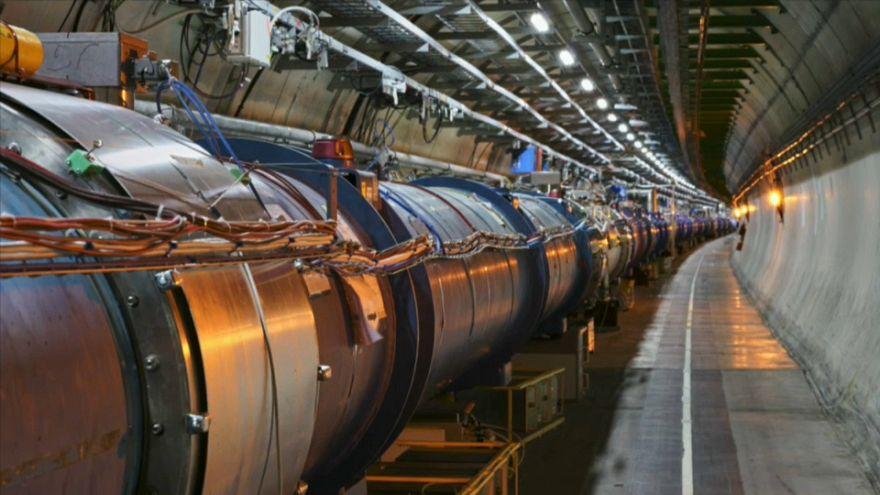 Un milliard d'euros pour traquer des milliards de particules