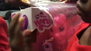 Report von der Aquarius: Spielsachen kurz vor der Ankunft