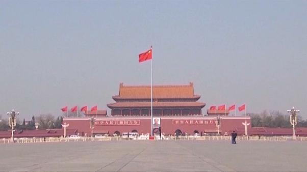 China responde con firmeza a Trump: 25 % a las importaciones de EEUU