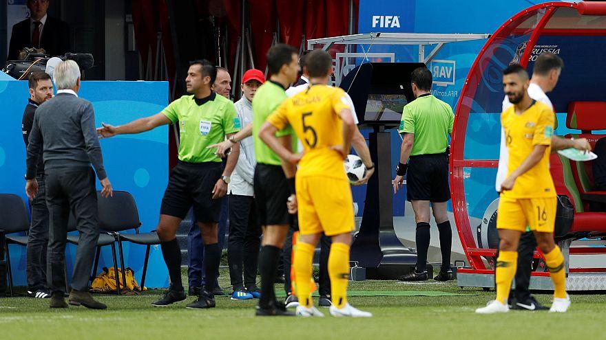 Dünya Kupası'nda bir ilk: Video asistan hakem uygulaması (VAR) penaltı dedi