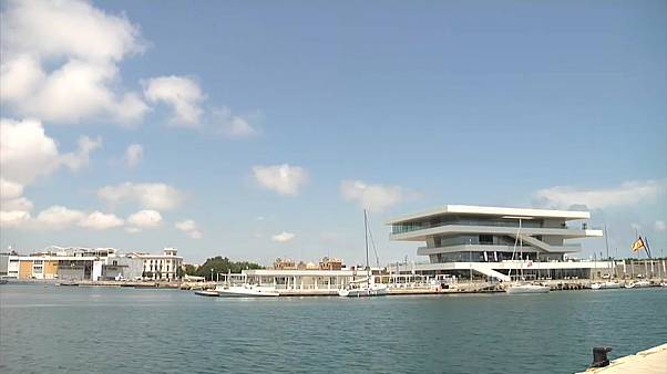 Porto de Valência prepara chegada de migrantes