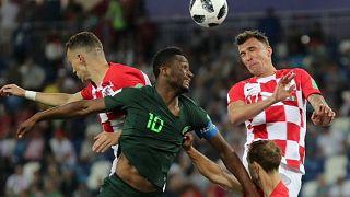 Sacó petróleo Croacia ante Nigeria (2-0)