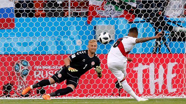 Dinarmarca vence Peru e lidera grupo C, a par da França