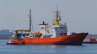 Migrants' joy as Aquarius arrives in Spain after Italian snub