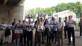 تجمع در مقابل زندان اوین تهران