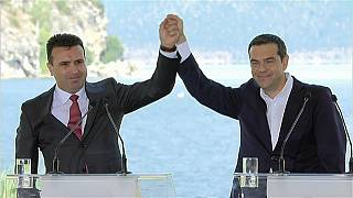 Storico accordo Grecia-Macedonia: archiviati anni di dispute