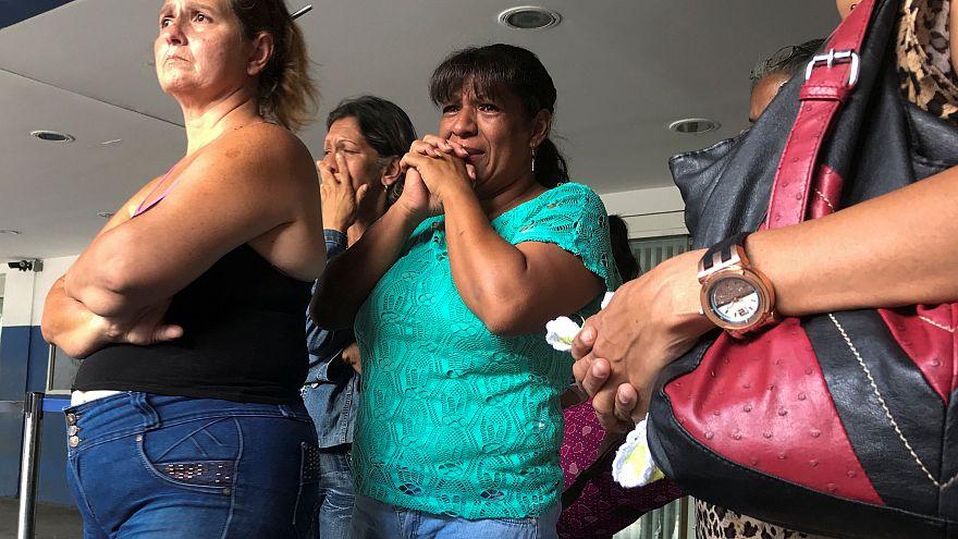 Fuga em pânico faz 17 mortos em discoteca de Caracas