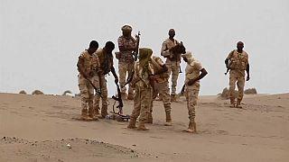 التحالف بقيادة السعودية يشن ضربات جوية على مطار الحديدة اليمني