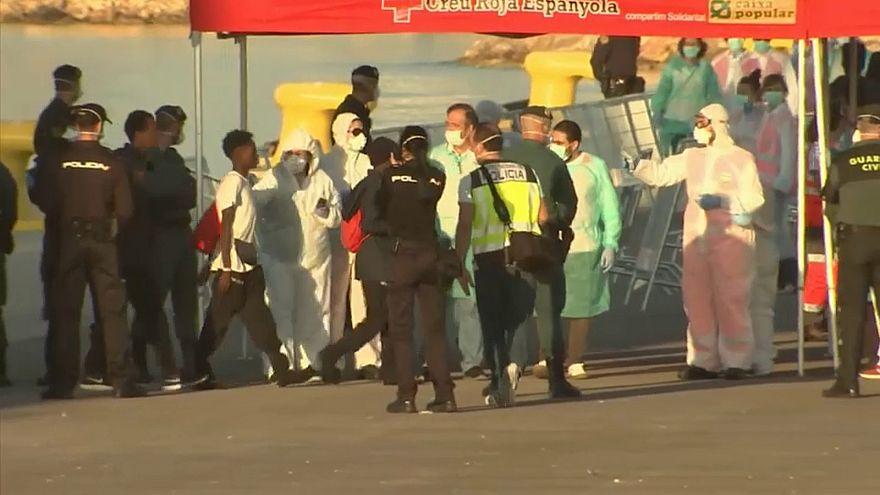 ACNUR testemunha reações de migrantes à chegada a Valência