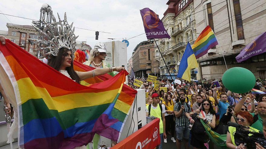 """""""Марш равенства"""" несмотря на призывы к запрету"""