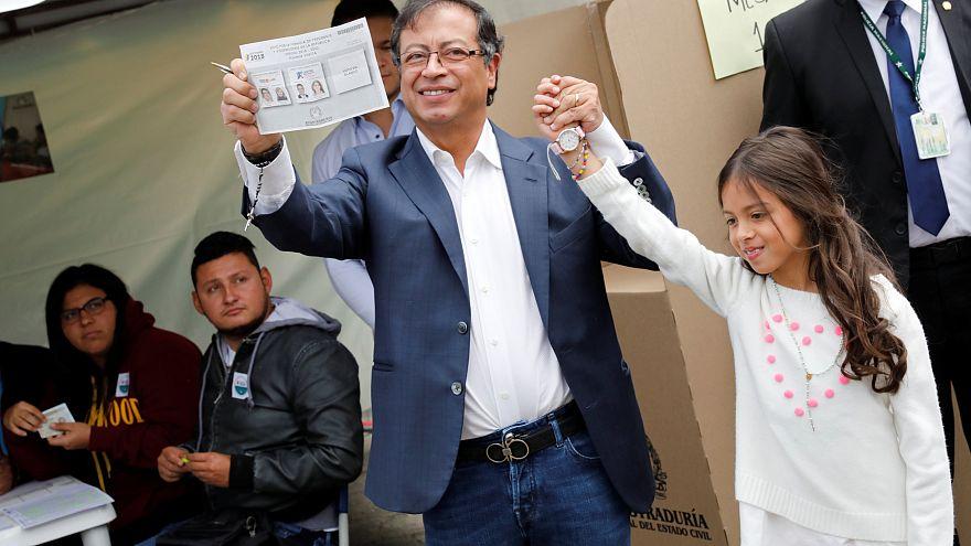 Petro vota con esperanza de que Colombia se reconcilie consigo misma