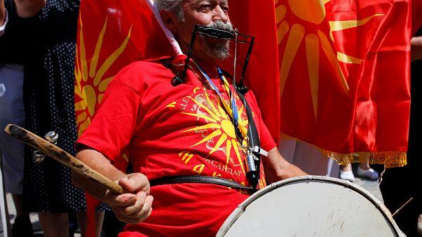 Mazedonien: Hoffnungen und Widerstand nach Abkommen zum Namensstreit