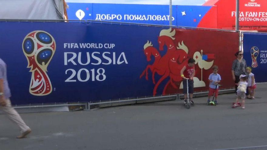 شاهد روسيا تقتح ذراعيها للمناصرين