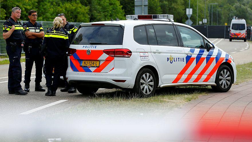 الشرطة الهولندية تعتقل سائق شاحنة صدمت رواد حفل