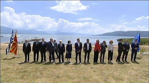 Macédoine : un accord historique et des heurts