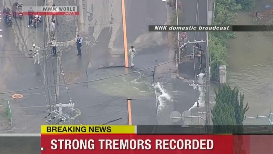 Tres muertos y decenas de heridos en un terremoto de 6,1 grados en Japón