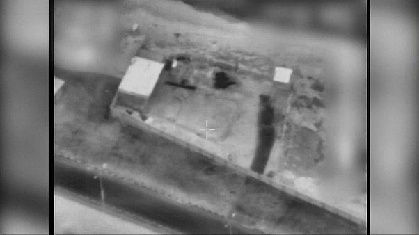 الجيش الإسرائيلي يقصف غزة بسبب الطائرات الورقية