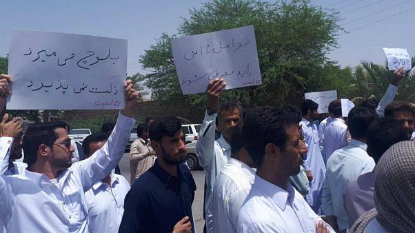 وزیر کشور خواستار انتشار گزارش از ماجرای تجاوز به دختران ایرانشهر شد