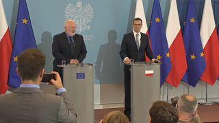 Συνεχίζεται η κόντρα Βρυξελλών- Βαρσοβίας