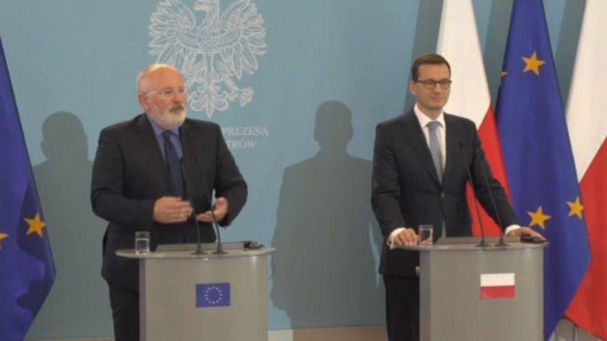 ЕС ещё говорит с Польшей по-хорошему