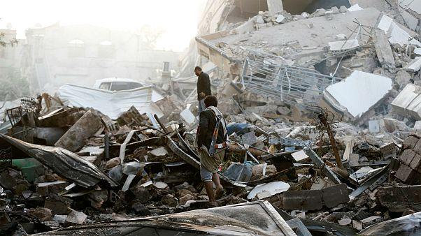 نبرد بندر حدیده میان نیروهای حوثی و نیروهای ائتلاف عربی به رهبری عربستان