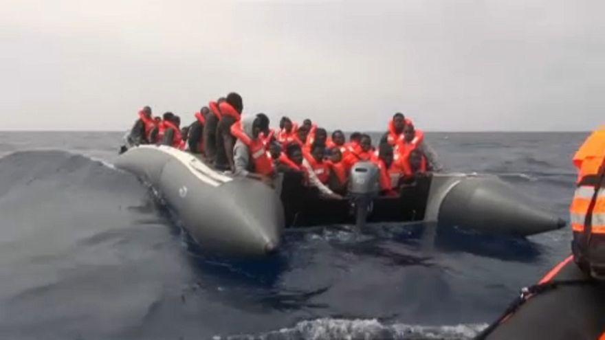 La cifra de solicitantes de asilo cae un 44% en la UE