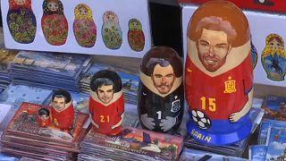 ماتروشکا؛عروسک مامان بزرگ روسی در هیبت قهرمانان فوتبال