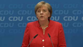 Merkel, 2 semanas para solucionar con la UE el desafío migratorio