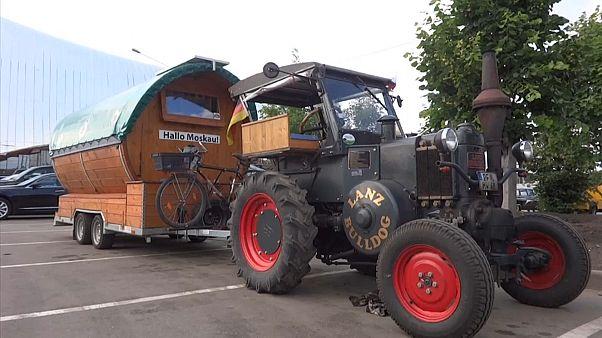 Dalla Germania alla Russia... col trattore
