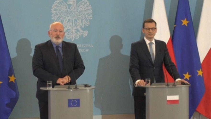 Timmermans in Polonia: nessun progresso sullo stato di diritto