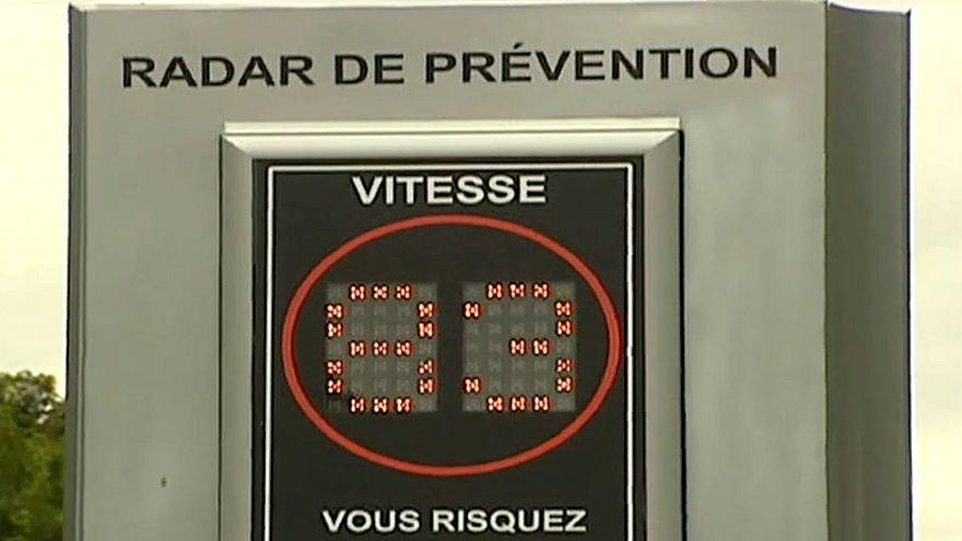 Francia limita la velocidad máxima en las carreteras secundarias a 80km/h