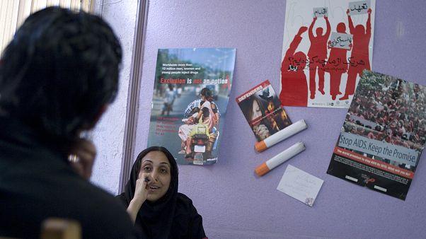 İran'da 2 milyon 808 bin uyuşturucu kullanıcısı var
