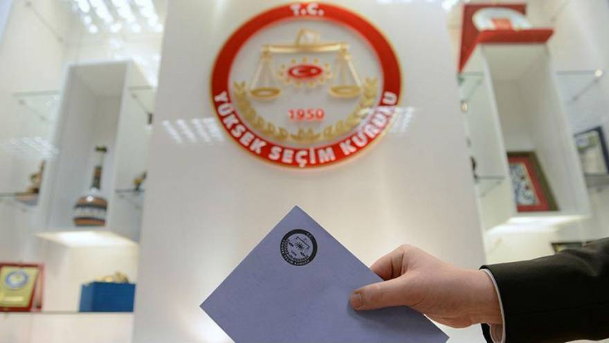 24 Haziran'da yarışacak parti ve cumhurbaşkanlığı adayları hakkında ne biliyoruz? Anketimize katılın!