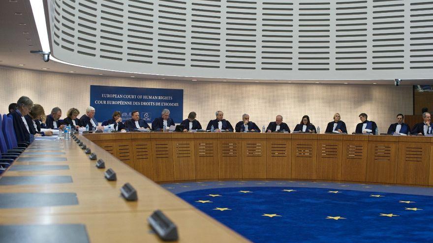 AİHM Türkiye'yi 'cinsiyet ayırımcılığından' mahkum etti