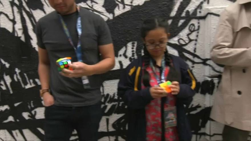 Rubik Küp Dünya Şampiyonası finallerine dört kişi kaldı